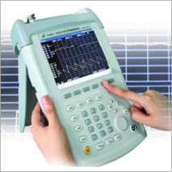 Portable Transmission Line and Antenna Analyzer
