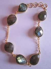7 pcs.Labradorite gold vermiel connectors bracelet Approx 68cts.