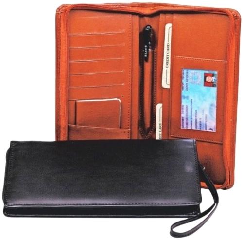 ZIPPED PASSPORT HOLDER