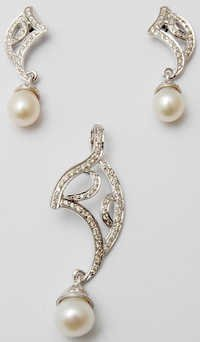 White Gold Jewelry Pearl  Set