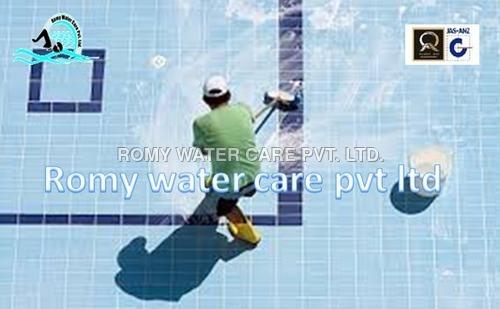 Swimming Pool Maintenance Service