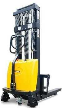 Semi Electric Stacker 1.5 Ton