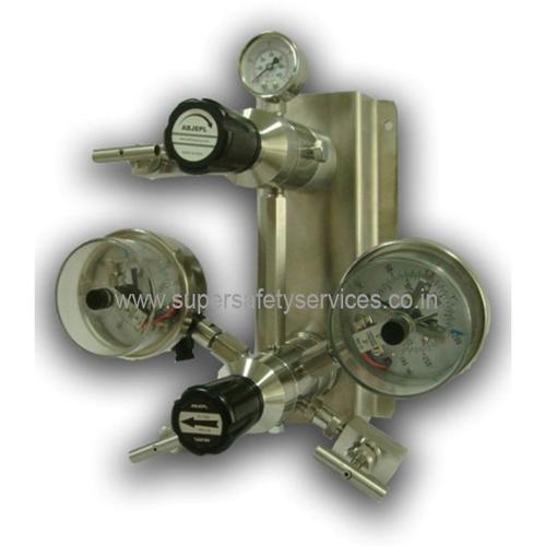 Auto Changeover Pressure Regulator