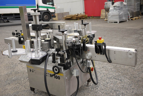 PAGO System 100 Labelling Machine