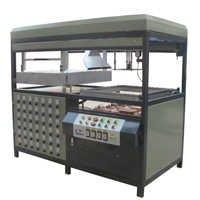 Disposable Food Box Vacuum Forming Machine