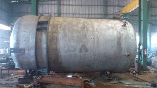 SS Vertical Tank