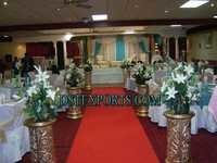 Wedding Aisleway Golden Carved Pillars