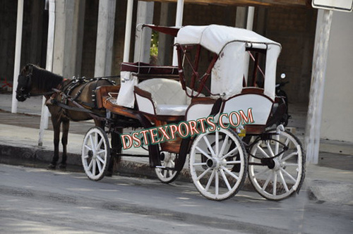Beautiful Antique Victoria Carriage