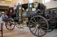 Royal Family Horse Carriage