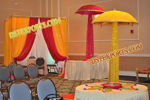 Mehandi Stage Golden  Umbrellas