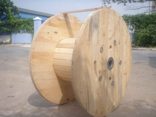 Pine Wooden Cable Drum
