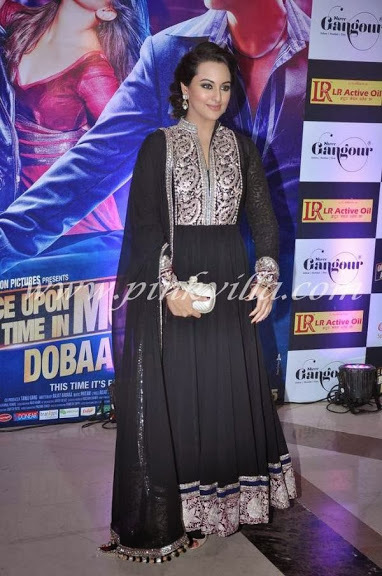 Sonakshi shinha Black Suit