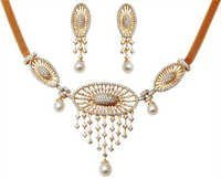 Traditional Look Antique Design Necklace Set