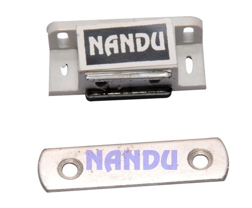 NANDU DELUXE MAGNETIC CATCHER M-1