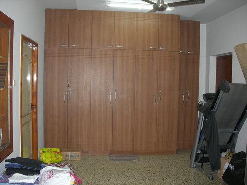 Wardrobe (S)