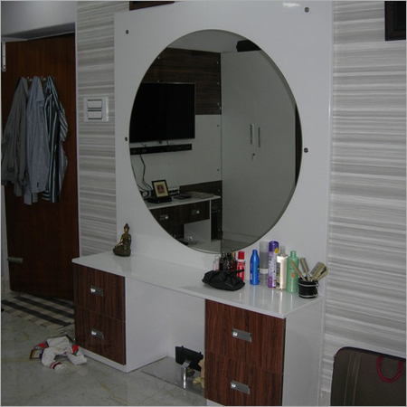 Dressing table -01