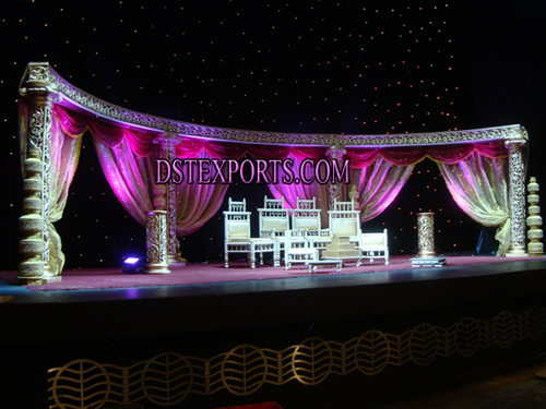 WEDDING CARVED NIGHT STAGE
