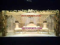 ROYAL WEDDING GOLD STAGE SET