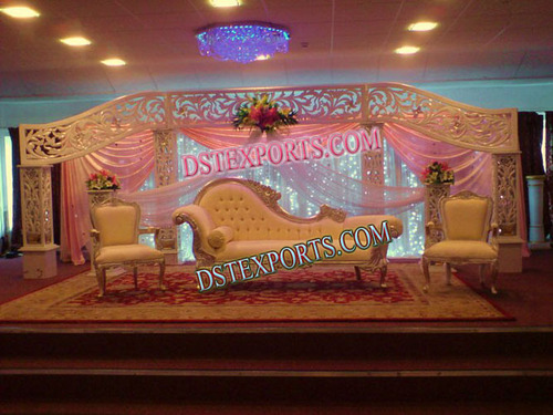 WEDDING STAGE WITH CARVED BACKDROP