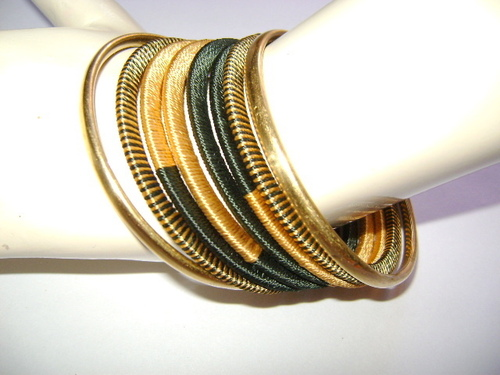 Handmade Thread Bangle