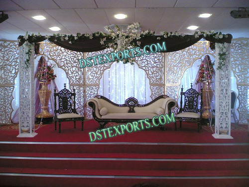 Muslim Wedding Stage With Carved Backdrop