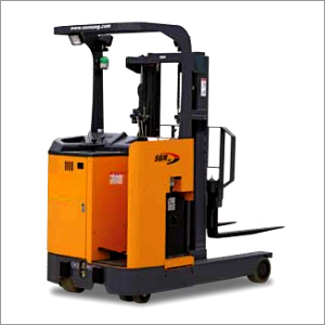 Electric Forklift Stand Up Type