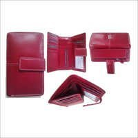 Elegant Designed Red Nappa Ladies Wallet