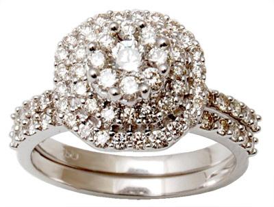 Beautiful Gold Diamond Ring