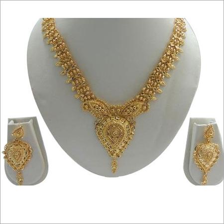 Designer Forming Necklace