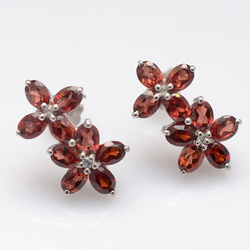 925 Sterling Silver Garnet Gemstone Earring
