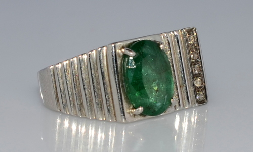 Men's Ring  in 925 Sterling Silver with Emerald & Diamond