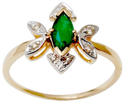 Gemstone ring with emerald for girls