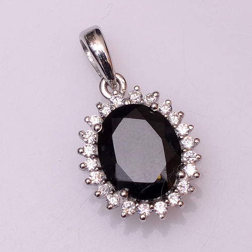 925 sterling silver Black onyx & Zircon Gemstone Pendant