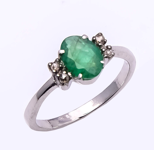 925 Sterling Silver Emerald & Diamond Gemstone Ring