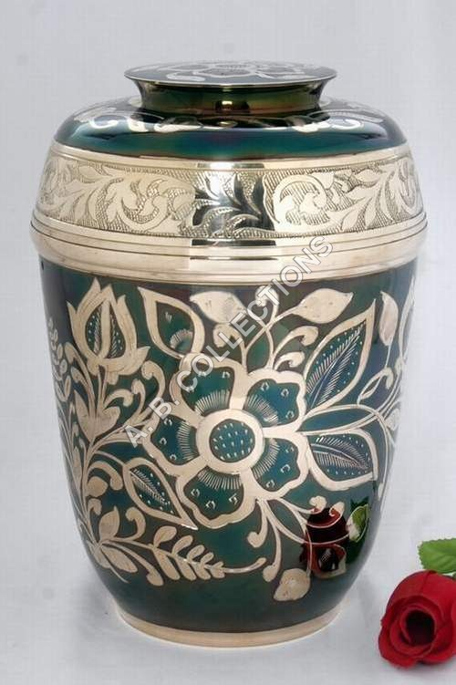 FUNERAL SOLID BRASS URN