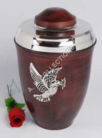 EUROPEON METAL URN