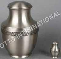 Memorial Urn Patrician