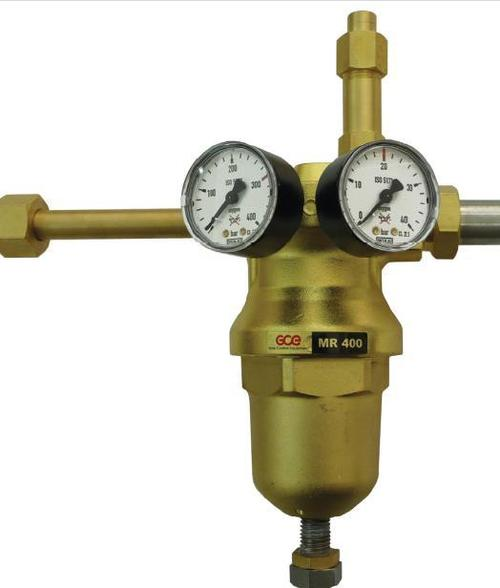 Industrial manifold regulator