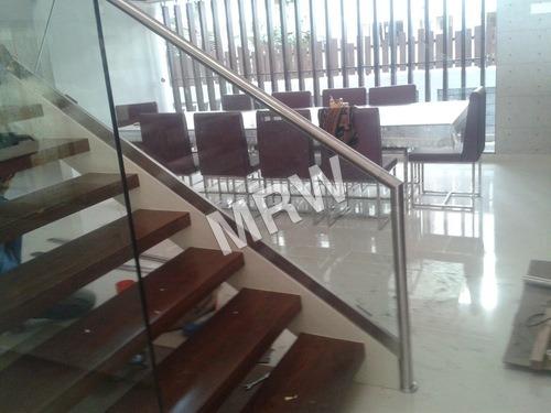Glass Staircase Railings