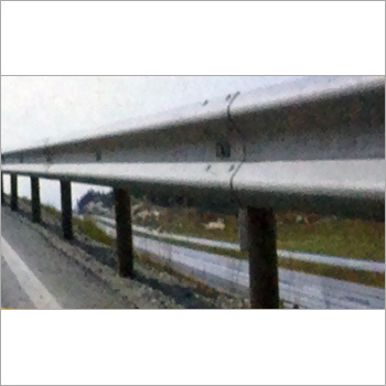 W-Metal Beam Crash Barrier