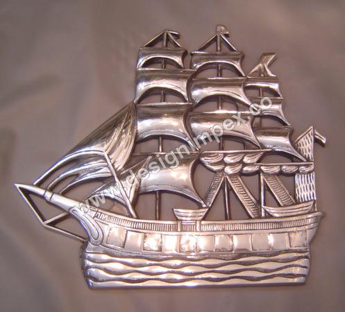Boat wall mounting