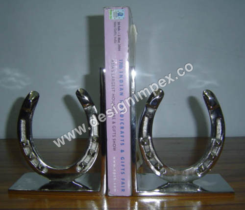 Horse shoe bookend