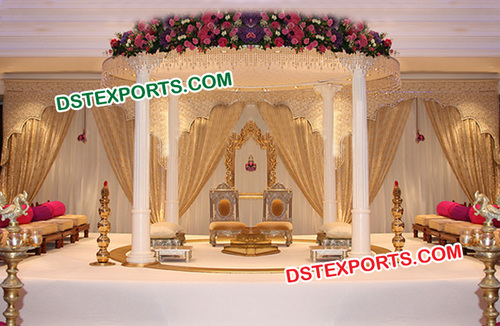 Wedding Royal Roman Mandap