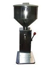 SEMI AUTOMATIC Cream & Gel Filling Machine
