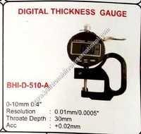 Digital thickness gauge