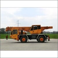 Rough Terrain Crane Rental