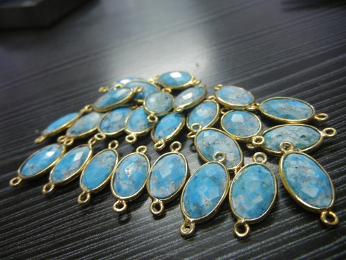 25 PIECE LOT OF NATURAL TURQUOISE CONNECTORS