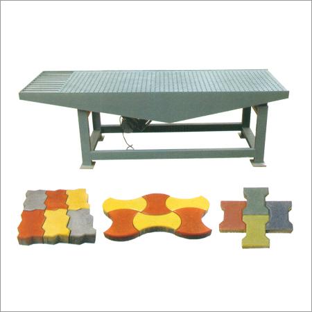 Vibrating Table Rubber Mould Paver