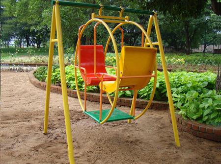 Circular Swing (FRP/Wooden)