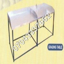 Cashew Grading Table,